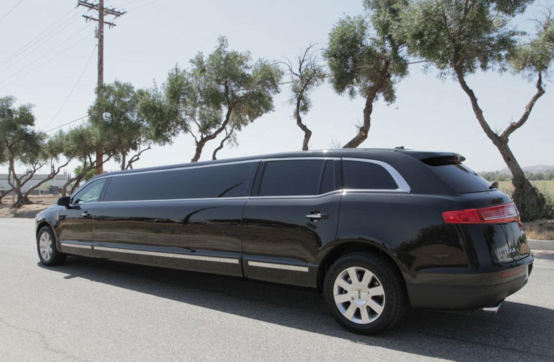 stretch-chevy-suburban-limo-bus
